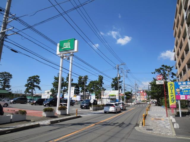 スーパーに病院、TSUTAYAなど駅前より便利?